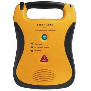 Apprendre à utiliser un défibrillateur